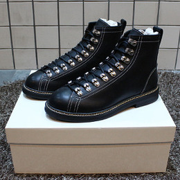 [Givenchy] 16fw TYROL LEATHER BOOTS WITH HOOKS BM08296829 001